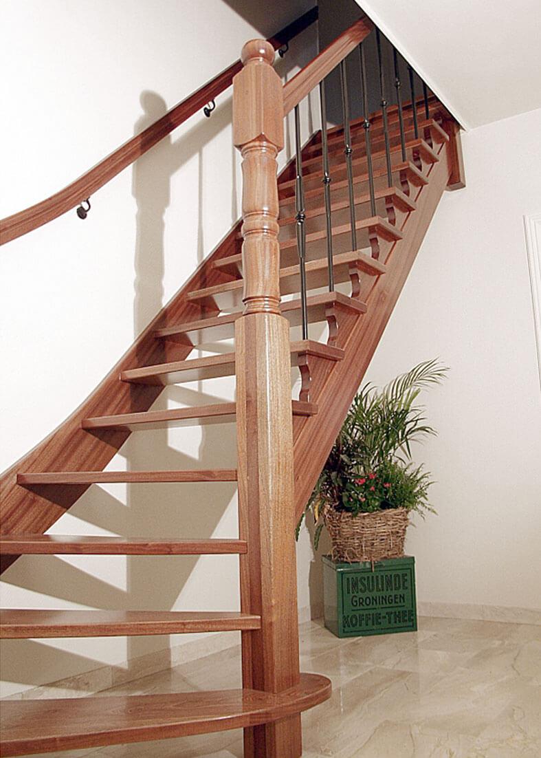 Onderkwart trap productnr 000026 comfort trappen for Trap onderkwart